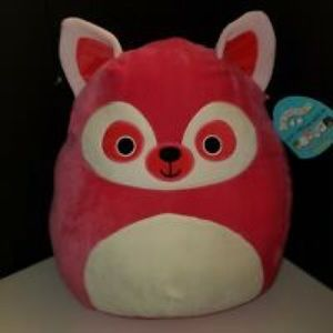 Squishmallow Lucia Lemur Size Large Plush